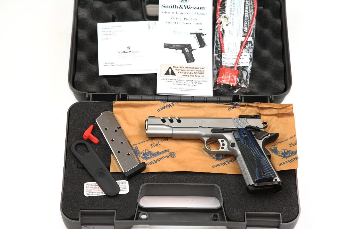 Smith&Wesson PERFORMANCE CENTER SW1911 .45ACP