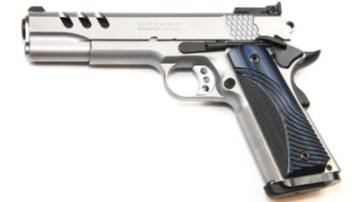 img_6950performance-center-model-sw1911