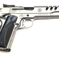 img_6951performance-center-model-sw1911
