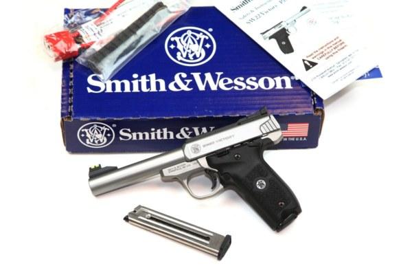 img_6970sw-viktory-22lr-pistole