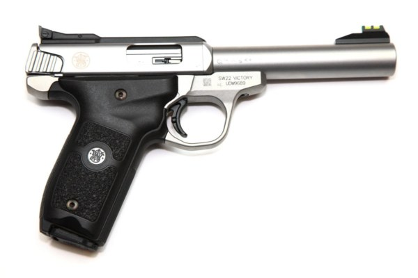img_6974sw-viktory-22lr-pistole