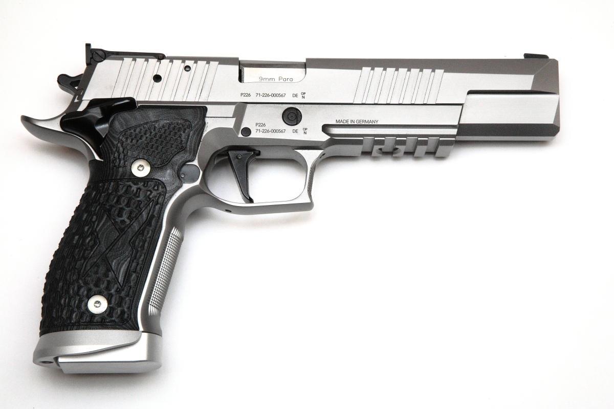 Sig Sauer P226 X-Six Supermatch