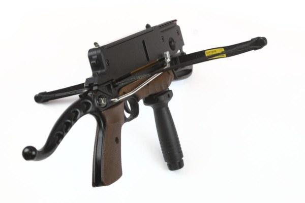Steambow Stinger 6-Schuss Laser Armbrust