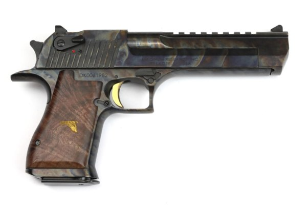 Desert Eagle XIX buntgehärtet Luxus-Holzgriff