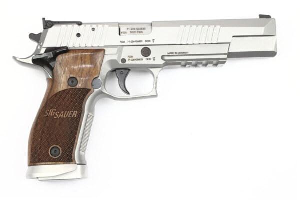 Sig Sauer P226 X-Six Classic